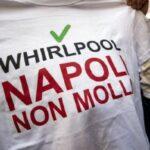 Whirlpool, proteste degli operai dello stabilimento di Napoli: bloccato il raccordo autostradale