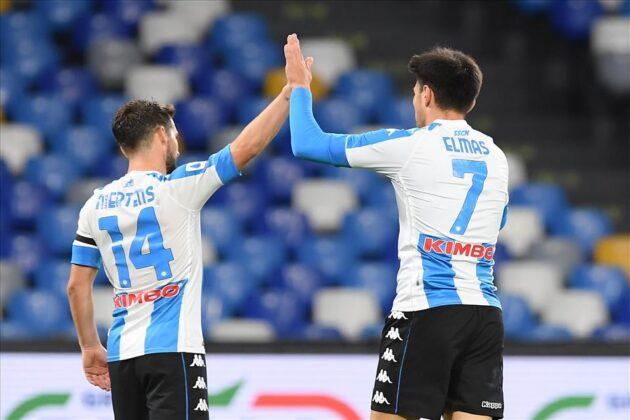 Un poker con la maglia di Diego: il Calcio Napoli annienta la Roma 4-0