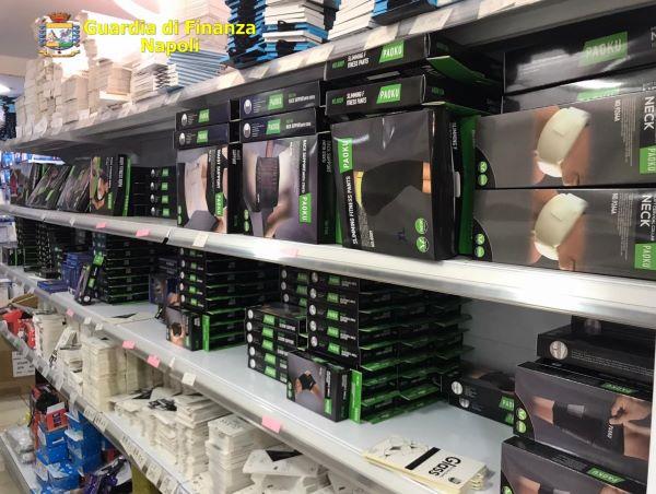 Gianturco: sequestrati 11mila articoli tra mascherine ed articoli sportivi non a norma