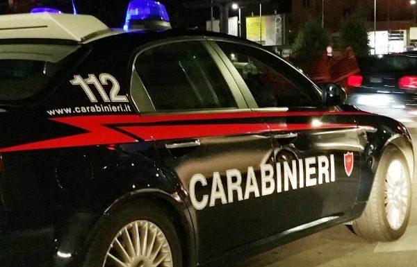 Dalla provincia di Salerno a Napoli per spacciare droga di notte: due arresti