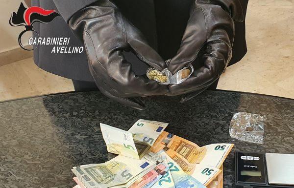 Pratola Serra, spaccio di droga: minorenne denunciato dai Carabinieri