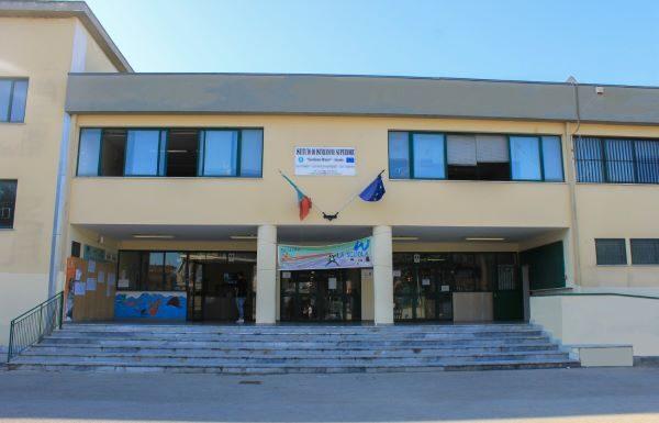 """Didattica a distanza, Della Rossa (docente """"Giordano Bruno""""): """"Studenti lavorano più che in classe"""""""