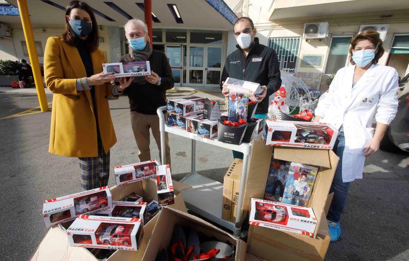 Afina: 150 giocattoli ai bimbi dell'ospedale Santobono Pausilipon