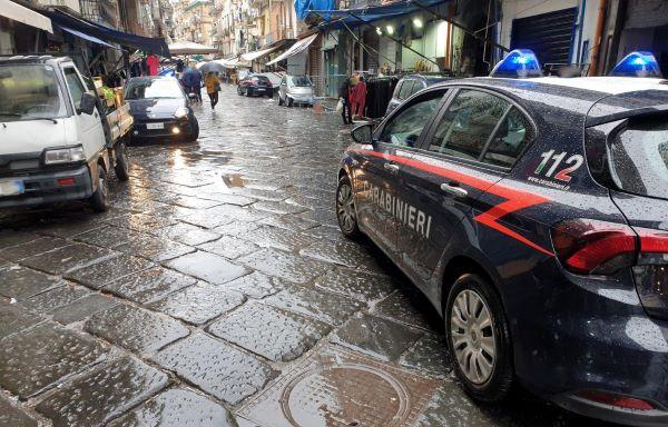 Controlli anti Covid 19 al Borgo Sant'Antonio Abate: chiusi quattro negozi