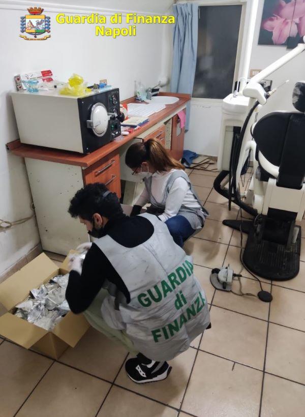 Soccavo, GdF scopre falso dentista evasore totale: denunciato un 52enne