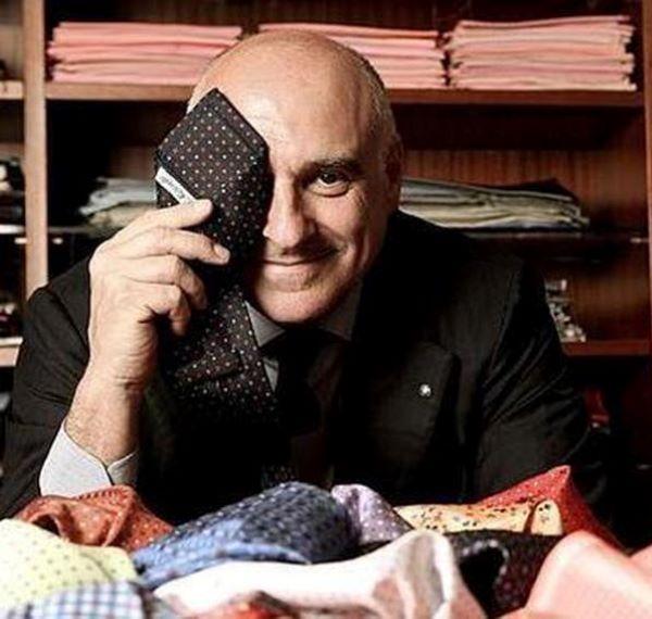 Chiaia, vende cravatte e sciarpe nonostante il divieto: Marinella chiuso per cinque giorni