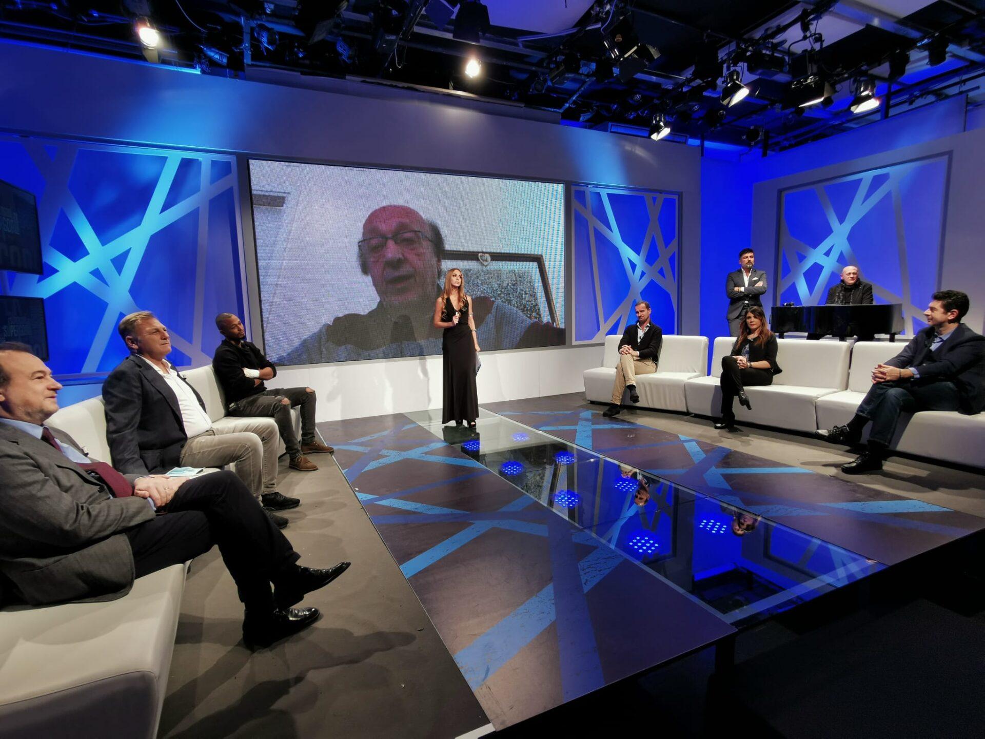 Maradona: Moggi, ritirare il numero 10 dal calcio