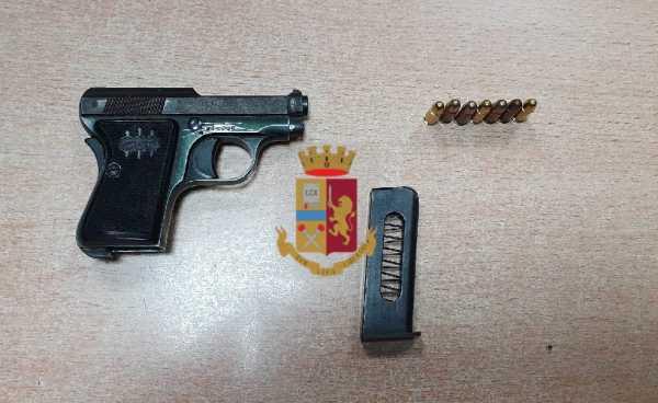 Fuorigrotta: Bloccato minore armato in via Lepanto