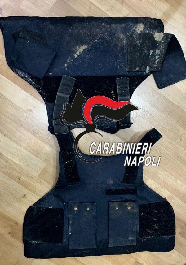Afragola, task force dei Carabinieri: trovate droga e armi al rione Salicelle