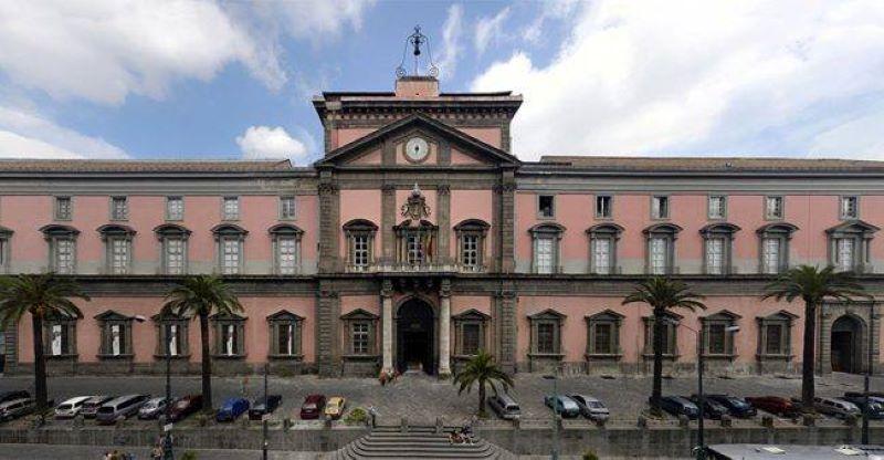 Napoli, tornano i visitatori nei musei: cento ingressi al Mann