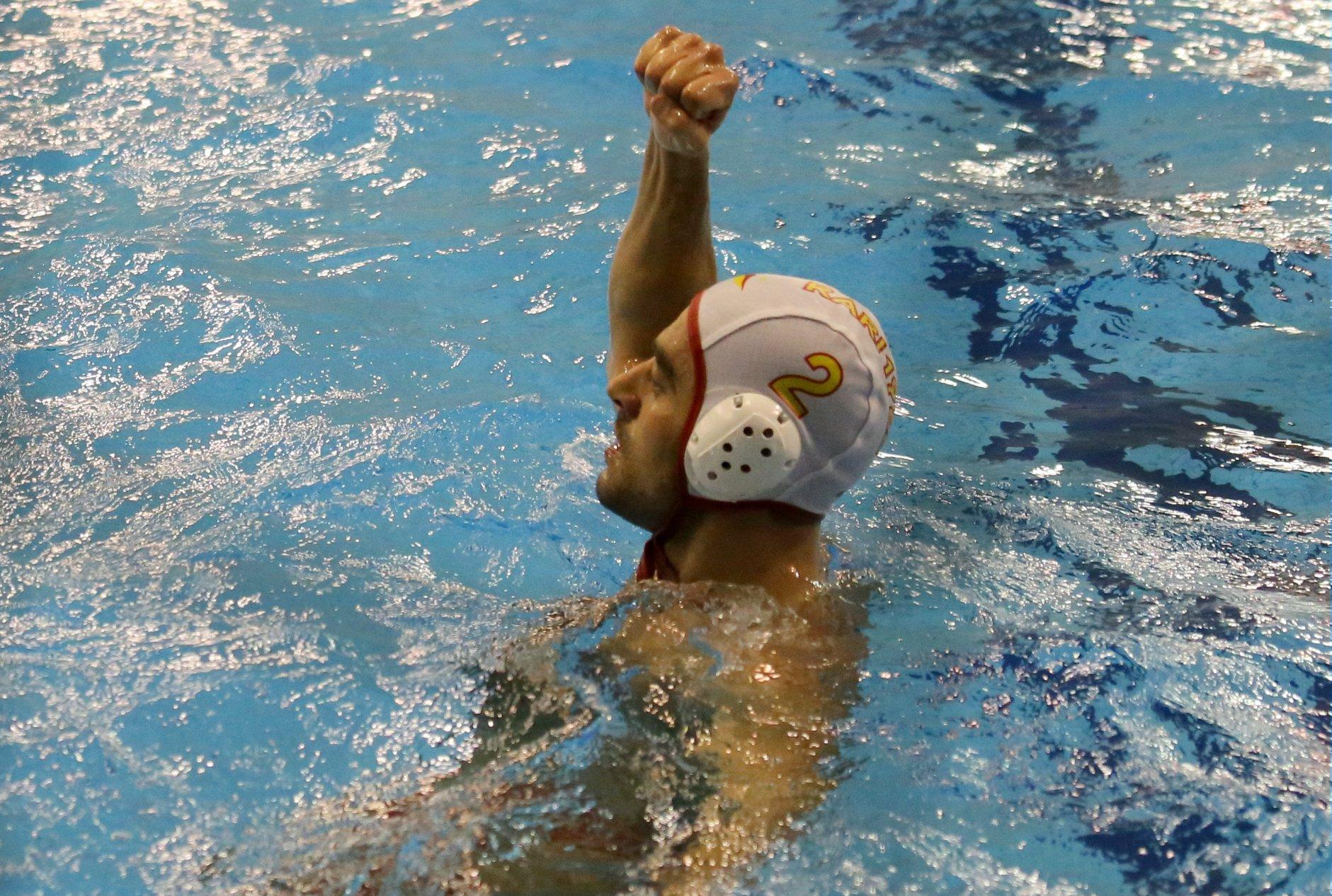 Sconfitta con onore della Rari Nantes Salerno contro la Pro Recco, 15-10