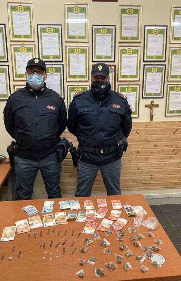 Rione Monterosa: due arresti per spaccio di droga (I NOMI)