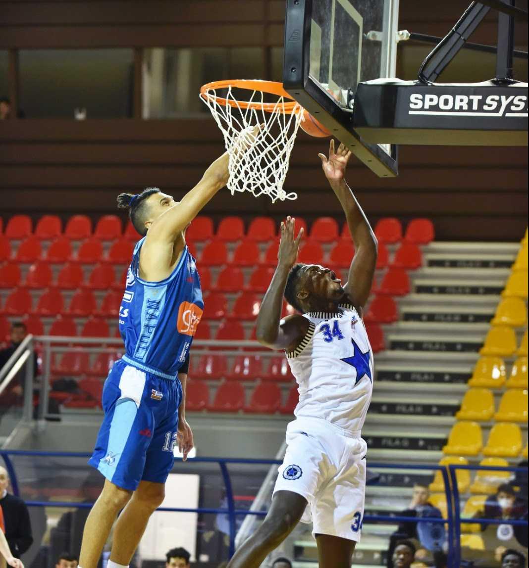 Girone rosso di Serie A2, Stella Azzurra Roma- Gevi Napoli Basket 74-94