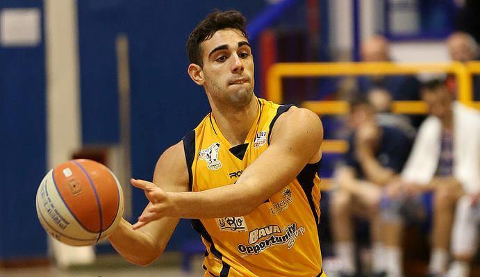 Basket: La Virtus Bava Pozzuoli vince il derby con la Scandone Avellino