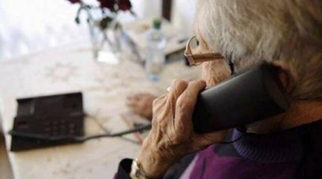 Vico Equense: Sventata truffa ad anziano con due arresti. 5mila euro per 3 succhi di frutta.