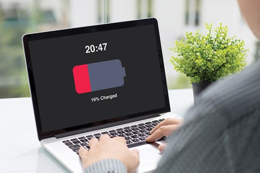 Batteria del notebook: durata e consigli per non rovinarla