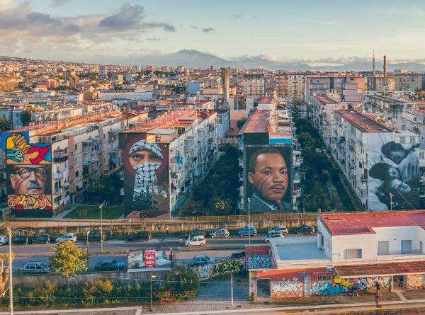 """Jorit, ecco un altro murale a Barra: """"I sogni dei bambini"""""""