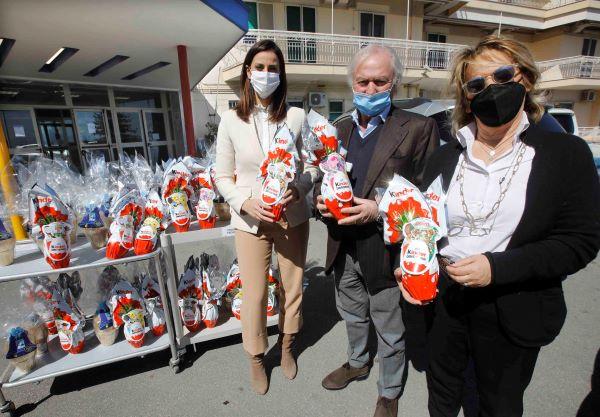 AFINA triplica la solidarietà per Pasqua: uova per i bimbi ricoverati al Santobono Pausilipon