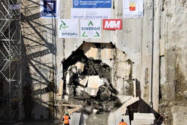 Napoli: galleria di collegamento Capodichino-Poggioreale della linea 1 della Metropolitana (VIDEO)