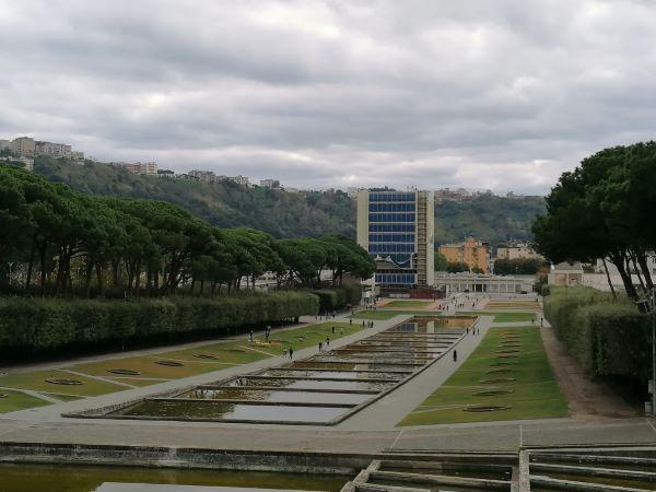 Campania in zona rossa: parchi pubblici aperti a Napoli