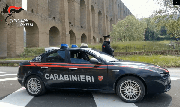 """Caserta, scoperti """"furbetti"""" del reddito di cittadinanza: 84 denunce e sequestri per 500mila euro"""
