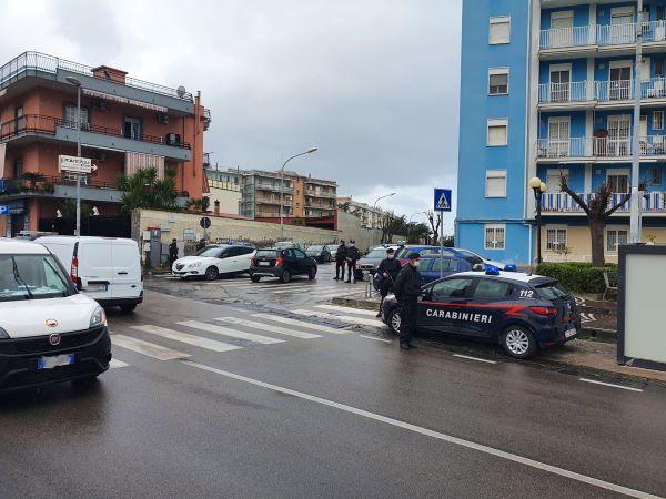Castellammare di Stabia, controlli dei Carabinieri: chiuso un bar e due denunce