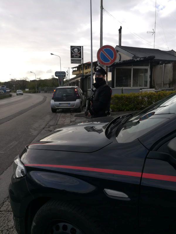 Marano, controlli dei Carabinieri: perquisizioni alla ricerca di armi e droga