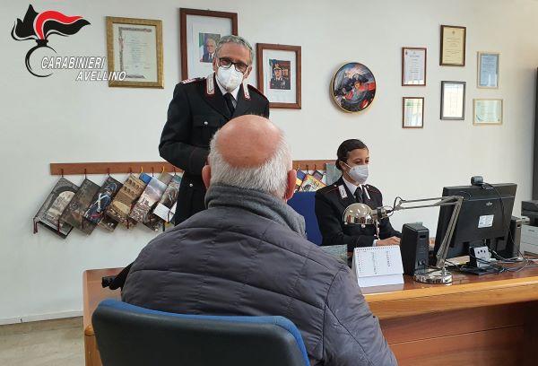 Covid 19 in Irpinia: Carabinieri in aiuto degli anziani per prenotare il vaccino