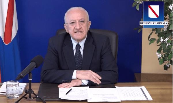 """De Luca sul Covid 19 in Campania: """"Zona gialla non è ricreazione"""" (VIDEO)"""