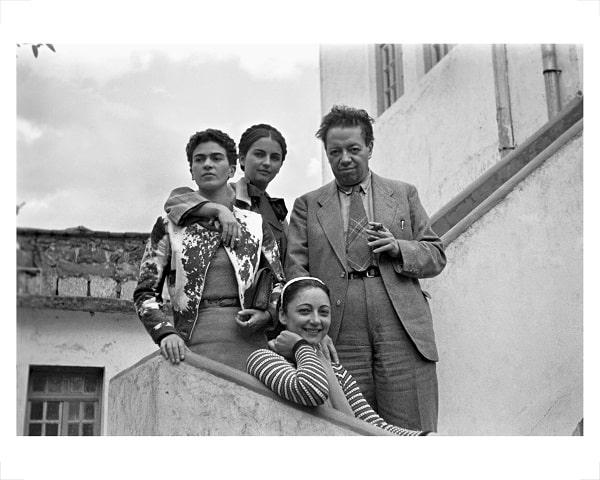 Frida Kahlo – Il Caos Dentro: a Napoli la prima mostra interattiva sulla grande pittrice messicana