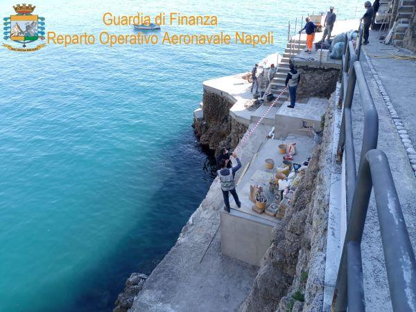 Praiano: GdF sequestra diverse opere edilizie lungo la fascia costiera