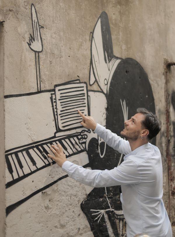 """Michele Selillo: l'album """"L'amore cos'è"""" viene lanciato dal singolo """"Pè ce fa 'nnamurà"""" (VIDEO)"""