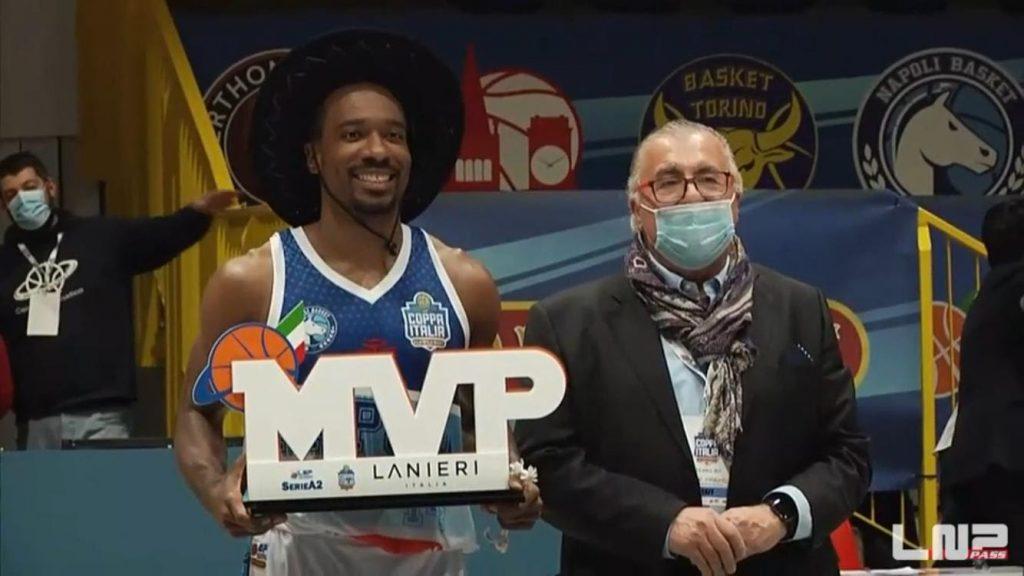 La Gevi Napoli Basket vince la Coppa Italia