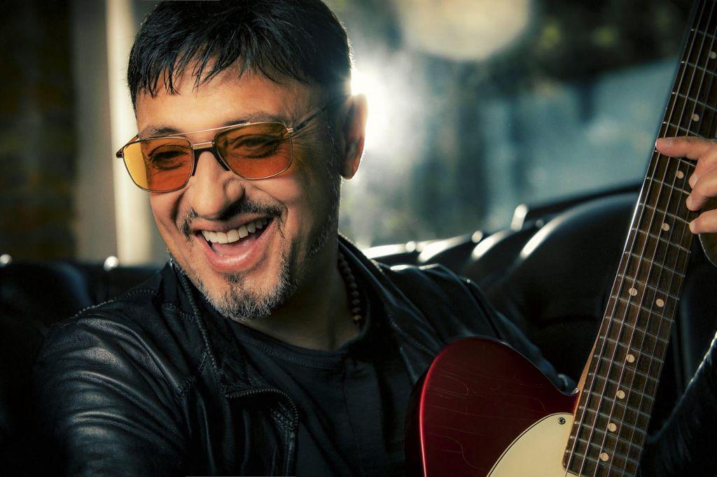 Gigi Finizio, annullati i concerti all'Arena Flegrea. Ecco le nuove date al Palapartenope