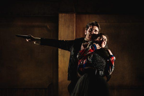 Al Mercadante la moderna Sceneggiata di Longo e Sepe, tra Euripide, Shakespeare e Bovio