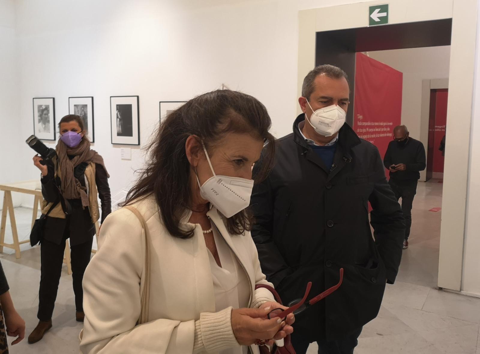 Inaugurata al Pan la mostra su Frida Kahlo con il sindaco de Magistris e l'assessore Palmieri