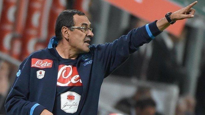 """Raccolta firme per riportare Sarri al Napoli:""""Mister continua a farci sognare"""""""