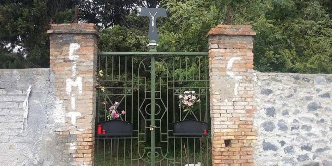 Cimitero dei Colerosi e Villa ebe: sigilli per rischi crolli