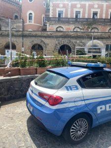 Posillipo, sequestrata un'area di ristorazione abusiva a Riva Fiorita