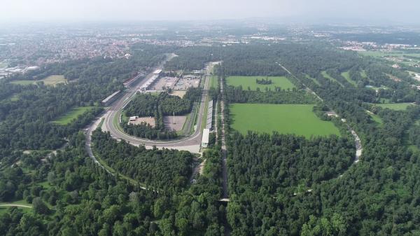 Carditello Reale, mille km in bici dall'autodromo di Monza all'Ippodromo di Carditello