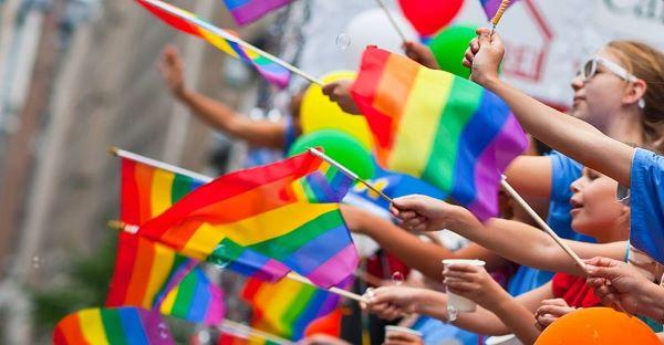 Coca-Cola: il celebre brand sarà partner del Pride di Napoli
