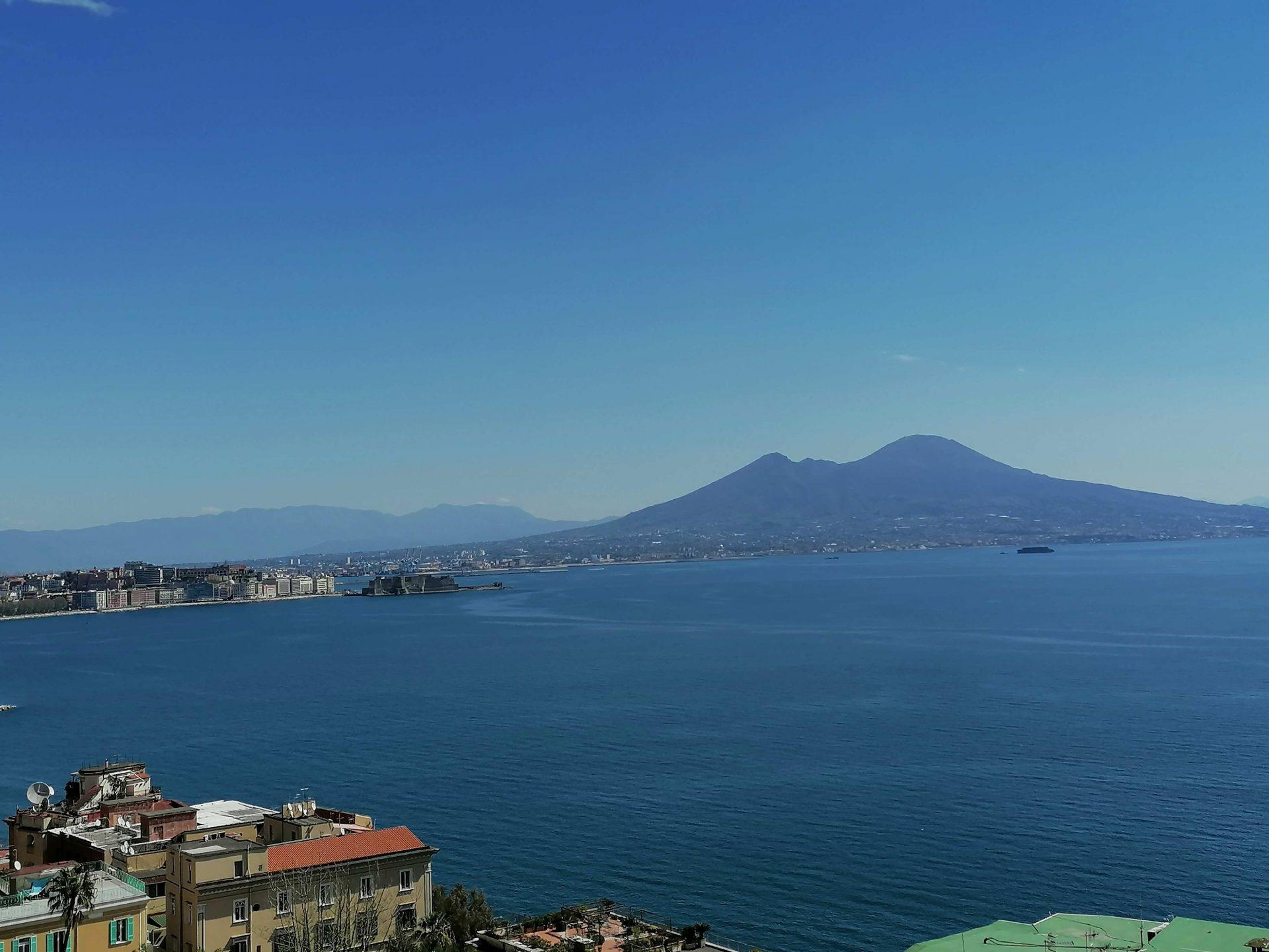 Meteo Campania, torna il caldo estivo: temperature sui 30°