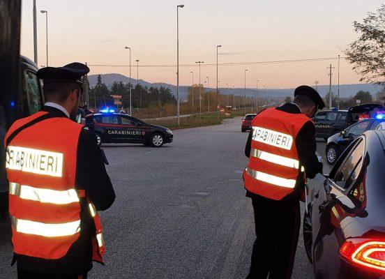 Avellino, Grottaminarda: denunciato 60enne in giro con due bastoni