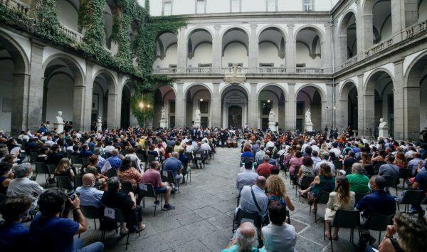 Nuova Orchestra Scarlatti: Gaetano Russo in Concerto per Clarinetto K622 di Mozart