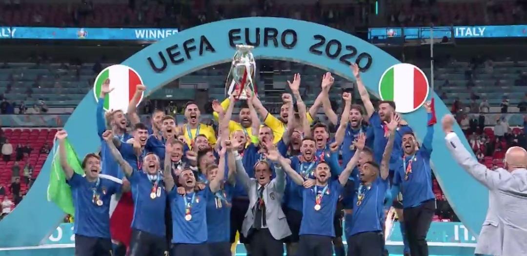 Euro 2020, l'Italia è campione: Inghilterra battuta 4-3 ai rigori
