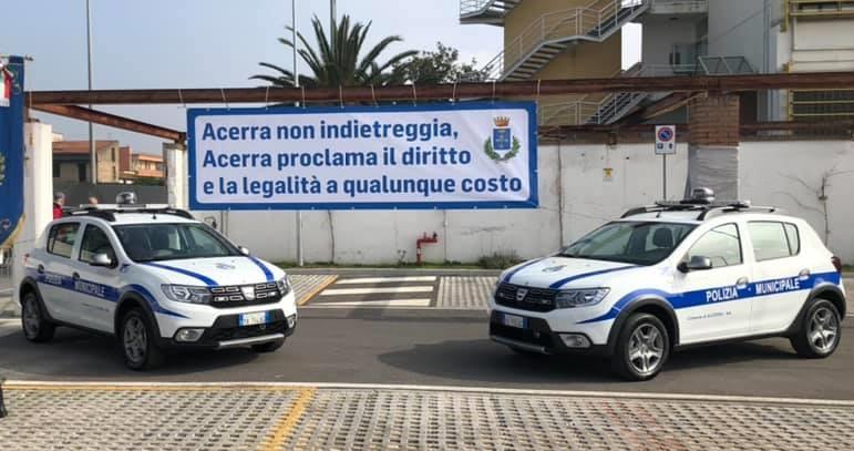 Acerra, colpi arma da fuoco contro la sede dei vigili urbani