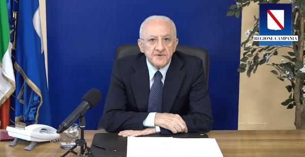 """Vaccino anti Covid 19 in Campania, De Luca: """"Raggiunti i 3 milioni di immunizzati"""" (VIDEO)"""