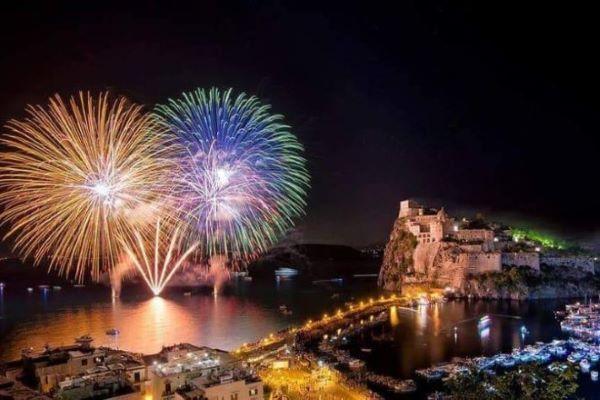 Ischia: lunedì 26 luglio torna lo spettacolo della Festa di Sant'Anna
