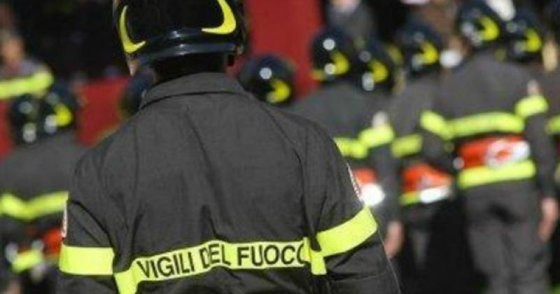 Fiume Bussento, due 15enni restano bloccate su un isolotto: salvate dai Vigili del fuoco