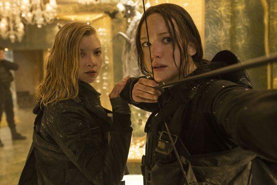"""""""Hunger Games - Il Canto Della Rivolta: Parte 2"""" su Italia 1. I film in tv mercoledì 7 luglio"""